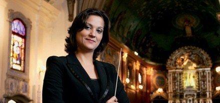 Rita Del Chiaro é a maestrina do altar das celebridades